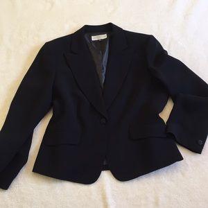 TAHARI Black one button blazer